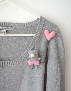 Bunny Brooch - I have a Pink Heart