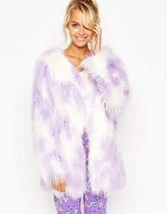 "This shaggy faux fur <a href=""http://us.asos.com/ASOS-Shaggy-Faux-Fur-Robe/178s49/?iid=5086451&cid=6046&Rf900=1532&sh=0&pge=0&pgesize=204&sort=-1&clr=Lilac&totalstyles=225&gridsize=3&mporgp=L0FTT1MvQVNPUy1TaGFnZ3ktRmF1eC1GdXItUm9iZS9Qcm9kLw.."" target=""_blank"">robe</a> that you could totes wear out of the house—$45.50"