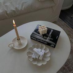 Minimalist Candles, Minimalist Room, Deco Studio, Emma Rose, Aesthetic Rooms, Classy Aesthetic, Aesthetic Pics, Vanity Decor, Home Room Design