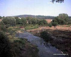 """#Málaga - #Montejaque - Río Gudalevín - 36º 45' 12"""" -5º 12' 7"""" / 36.753333, -5.201944  A su paso por la localidad de Montejaque, frente a la Cueva del Gato. Ideal para los amantes del senderismo."""
