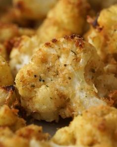 Roasted Cauliflower is a super simple side dish recipe that comes together quickly and pairs perfectly with everything!Parmesan Roasted Cauliflower is a super simple side dish recipe that comes together quickly and pairs perfectly with everything! Side Dishes Easy, Side Dish Recipes, Healthy Side Dishes, Side Dishes For Steak, Chicken Side Dishes, Veggie Recipes Sides, Pizza Side Dishes, Greek Side Dishes, Italian Side Dishes