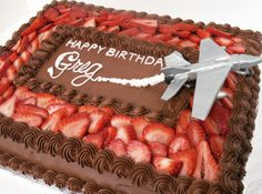 Perfect sheet cake for the pilot, or jet enthusiast, the gumpaste fighter jet takes off from this chocolate and strawberry treat!