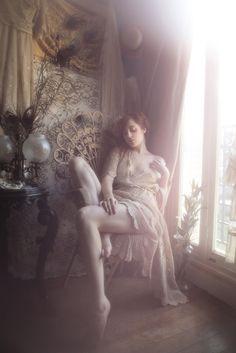 Le Temps Retrouve, Vivienne Mok