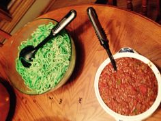 Green spaghetti and Meat Sauce