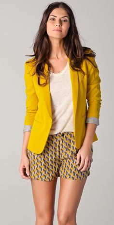 love this outfit and yellow blazer! Tuxedo Jacket / Rag and Bone Yellow Blazer, Colored Blazer, Blazer And Shorts, Tuxedo Jacket, Mellow Yellow, Mustard Yellow, Trends, Rag And Bone, Spring Summer Fashion