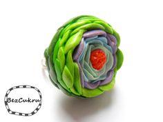Pierścień BezCukru, kwiat 1 w BezCukru - biżuteria z charakterem na DaWanda.com