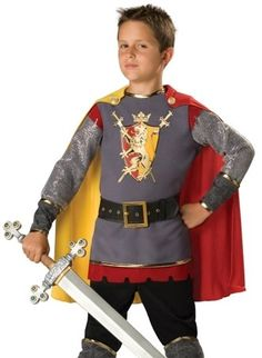 Deluxe junior knight.  Bi colour cape, red crenellations to bottom, grey fabric over-boots