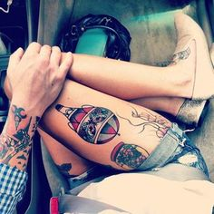 Sexy Thigh Tattoo Ideas and Designs for Women99