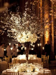 Dramatic Tall Wedding Centerpieces With Rustic Style