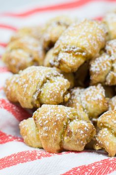Apricot and Walnut Rugelach recipe is a perfect treat for the holiday season. These bite-size cookies are packed with apricot jam and chopped walnuts, and are very easy to make. Jewish Desserts, Jewish Recipes, Fun Desserts, Jewish Food, Hungarian Recipes, Rugelach Cookies, Rugelach Recipe, Best Dessert Recipes, Holiday Recipes