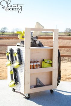 Woodworking Designs Easy-to-build DIY Air Compressor Cart - Free Printable Plans and a step-by-step tutorial. - Easy-to-build DIY Air Compressor Cart - Free Printable Plans and a step-by-step tutorial. Garage Tool Storage, Workshop Storage, Workshop Organization, Garage Workshop, Garage Organization, Workshop Ideas, Learn Woodworking, Woodworking Plans, Woodworking Projects