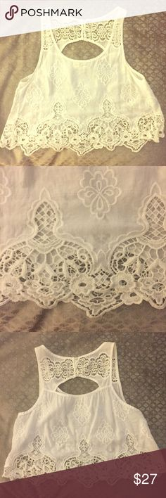 ABERCROMBIE white lace crop Barely worn. Lace bottom crop top Abercrombie & Fitch Tops Crop Tops