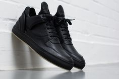 Filling Pieces 5 Year Anniversary Pack : Amsterdam-based Filling Pieces has established itself as a leader in craft footwear, spreading its Vans Shoes Fashion, Mens Vans Shoes, Nike Shoes, Vans Men, Casual Shoes, Men Casual, Filling Pieces, Custom Vans, Mens Trainers