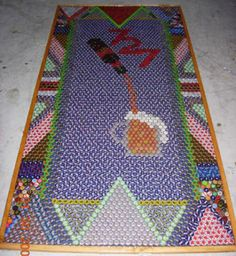 Beer Pong Table made of beer caps. I am speechless, this is awesome! Beer Cap Table, Bottle Cap Table, Beer Pong Tables, Bottle Cap Art, Bottle Cap Projects, Bottle Cap Crafts, Diy Bottle, Beer Bottle, Cork Crafts