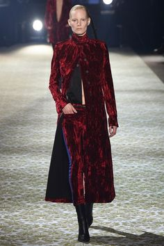 http://www.vogue.com/fashion-shows/fall-2016-ready-to-wear/haider-ackermann/slideshow/collection