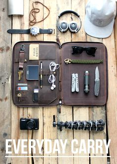 EDC -Perfect Everyday Carry MacBook Organizer Portfolio.