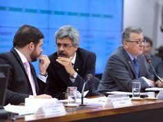 CPI da Petrobras em 14/10/2015 - Com Cunha emparedado, CPI da Petrobras arma pizzaDenúncias contra o presidente da Câmara reforçam articulações para que a comissão chegue a lugar nenhum. Nesta quarta, houve bate-boca