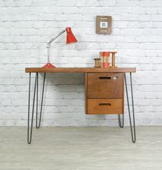 teak desk w/ hairpin legs 50s Furniture, Mid Century Furniture, Furniture Design, Desk Inspiration, Furniture Inspiration, Small Office Desk, Retro Desk, School Desks, Modern Desk