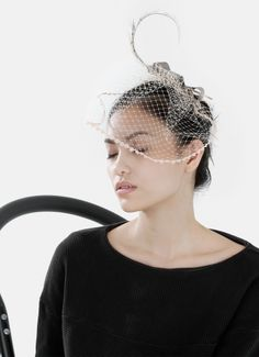 Trimmed Veil with Feather