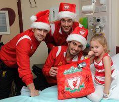 Luis Suarez, Sebastian Coates  Joe Cole delighting children at Alder Hey Childrens Hospital. #LFC #YNWA