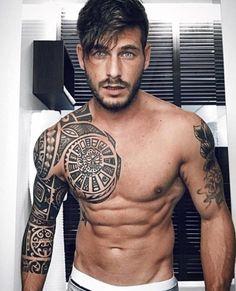 Maori Tattoo Frau, Ta Moko Tattoo, Samoan Tattoo, Polynesian Tattoo Designs, Maori Tattoo Designs, Body Art Tattoos, Tribal Tattoos, Buddha Tattoos, Geometric Tattoos