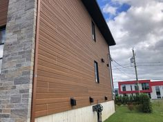 Cedar Rustic Color Selection for the Home Exterior. Engineered Wood Siding, Exterior Siding Colors, Siding Options, Rustic Colors, Recycled Wood, Outdoor Decor, Design, Salvaged Wood, Rustic Color Schemes