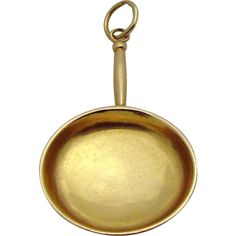 Vintage 14K Gold 3D Large Frying Pan Charm/Pendant from charmalier on Ruby Lane
