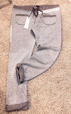 Pantalone in felpa, con inserti di pizzo: sportive, con classe. ;)  #AgathaCri #AI13 #sport #pantalone #pizzo #felpa