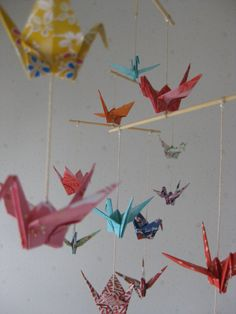 Origami Crane Mobile  Yuzen Chiyogami por makikomo en Etsy, $24.00