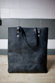 Hand Sewn Leather Tote black by KMMLeathergoods on Etsy