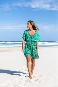 Our Lola Dress in beautiful green hues is the perfect Summer Dress to take you from sunny days by the beach to lunch dates with the girls. Modern Bohemian, Bohemian Style, Australian Fashion, Fashion Labels, Boho Dress, Sunny Days, Printing On Fabric, Sunnies, Vintage Inspired
