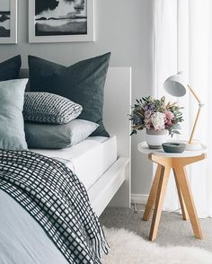 Oh my, winter is definitely rolling in with full force isn't it? It's so freezing.. but on the plus side I've noticed my flowers last a few days longer than usual haha! Hope you all had a cosy weekend xx Some new lovely @targetaus goodies styled in our guest bedroom including the concrete vase, lamp, grey linen and waffle blanket ❄️ #FoundAtTarget