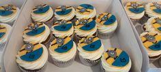 Muffins de Minions personalizados para cumpleaños, bodas, mesa dulce. Wedding, Birthday d'Alicia Café Spain, Estepona, Guadalmina, Sotogrande