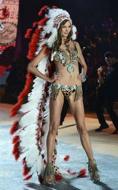 Victoria's Secret Fashion Show, Karlie Kloss