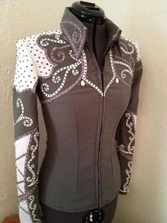 """Receive wonderful suggestions on """"tow horses for shows"""". They are offered for you on our internet site. Equestrian Outfits, Western Outfits, Western Wear, Western Style, Western Show Shirts, Western Show Clothes, Western Jackets, Horse Riding Clothes, Horse Show Clothes"""