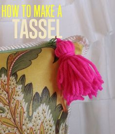 How to Make a Tassel | Easy DIY Tassel Projects by DIY Ready at http://diyready.com/diy-tassel-garland-how-to-make-tassels/