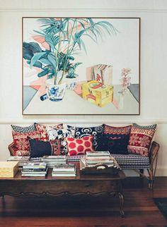 Этот дивный дом дизайнера интерьера Anna Spiro расположился в австралийском городе Brisbane. Дом 1880 года постройки имеет свою красочную атмосферу, добрую энергетику и неотразимую внешнюю привлекательность