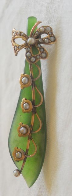 Victorian Jade Gold and Seed Pearl Sword Brooch