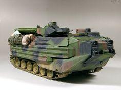 Army Vehicles, Armored Vehicles, Plastic Model Kits, Plastic Models, Usmc, Marines, Model Tanks, Military Diorama, Futuristic Cars