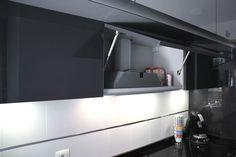 #cocinas Diseño de cocinas en Mostoles cocina con puente rey gris clarito con antracita