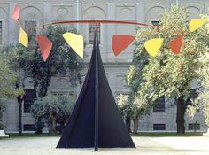 """Alexander Calder, """"Carmen"""", 1974, Centro de Arte Reina Sofía, Madrid"""