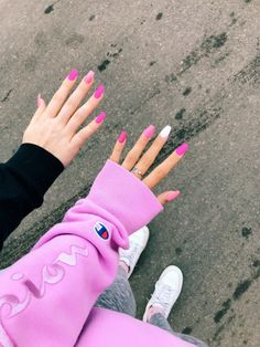 80 ideas to create the best Halloween nail decoration - My Nails Simple Acrylic Nails, Summer Acrylic Nails, Best Acrylic Nails, Simple Nails, Spring Nails, Swag Nails, My Nails, Teen Nails, Bright Summer Nails