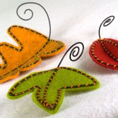 Felt Autumn Leaves Table Decor modern style.  via Etsy.