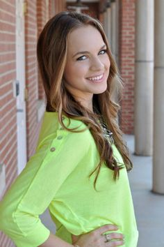 Kayley Cromwell of LetsMakeitUp1: Beauty Blogger of the Moment | Careers | TeenVogue.com - LOVE HER!!!