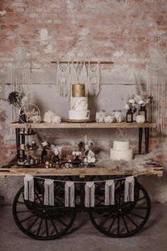 Steampunk Wedding Themes, Chic Wedding, Dream Wedding, Sweet Wedding Favors, Wedding Dress Bustle, Outdoor Dinner Parties, Boho Wedding Decorations, Boho Diy, Woodland Wedding
