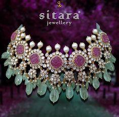 Indian Bridal Jewelry Sets, Indian Jewelry Earrings, Fancy Jewellery, Jewelry Design Earrings, Indian Jewellery Design, India Jewelry, Jewellery Designs, Fashion Jewellery, Gold Jewelry