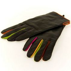 Mywalit Leather gloves #myessentialmywalit  I love the hint of color on the fingers!