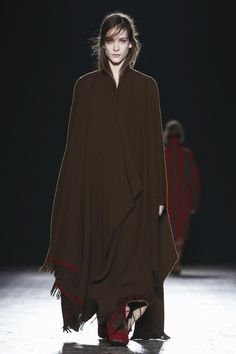 Uma Wang Fashion Show Ready To Wear Collection Fall Winter 2016 in Milan