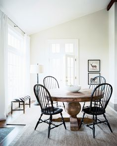 High + Low Roundup :: Round Pedestal Dining Tables - coco+kelley coco+kelley