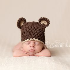 I found this on melondipity.com Baby Girl Hats, Girl With Hat, Sugar Bears, Animal Hats, Bear Design, Kids Hats, Chocolate Pudding, Chocolate Brown, Yarn Colors